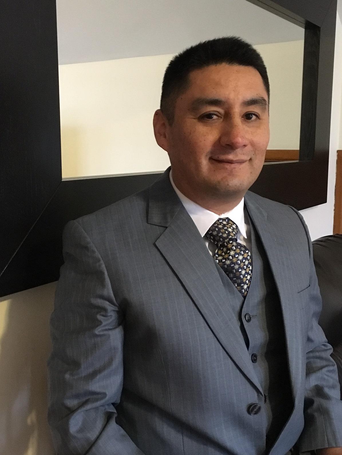 Dr. Raphael Figueroa